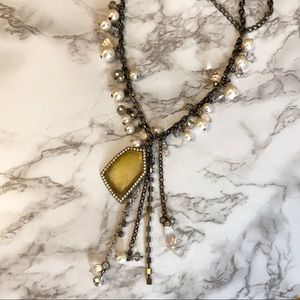 Jewelry - 🎉5/20 SALE🎉 mixed material statement necklace